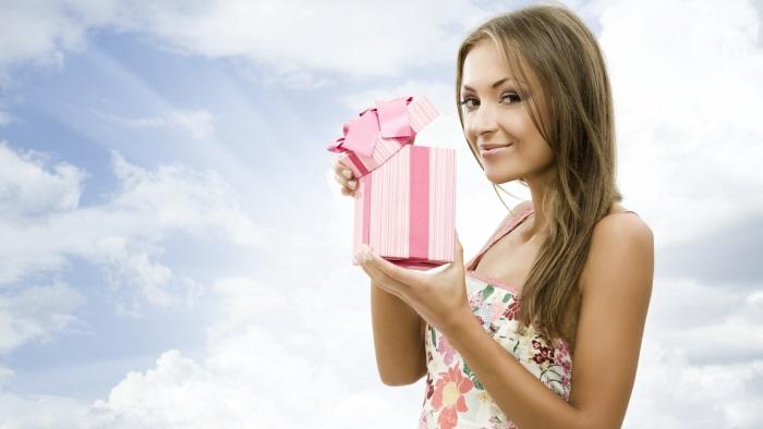Подарок на 8 марта для девушки